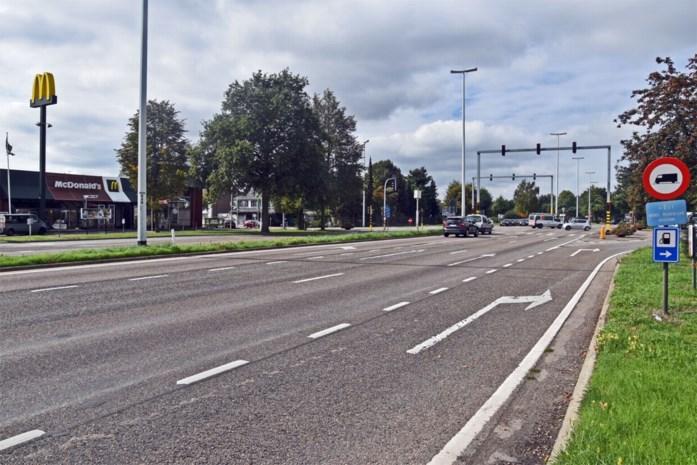 Omgevingsvergunning voor overkapping gevaarlijk kruispunt in Lommel vernietigd
