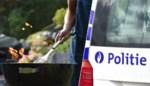 Politie betrapt op barbecuefeestje bij bewaken van de grens