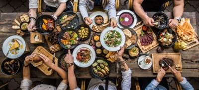 Krijg je kanker van spinazie met vis? En word je van rijpe bananen dik? 6 mythes over voeding