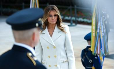 Hoewel ze mondmaskers in het openbaar aanraadt, draagt Melania Trump er net als haar echtgenoot geen voor de camera's