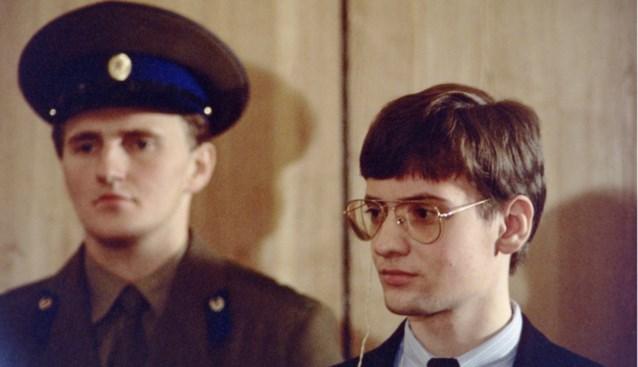In mei 1987 landde de 18-jarige Mathias Rust zijn vliegtuigje bij het Rode Plein, sindsdien is hij in vrije val