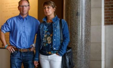 """Ouders van vermoorde Jonas (23) oog in oog met dader: """"Onze zoon stond op lijst met vijftiental namen"""""""