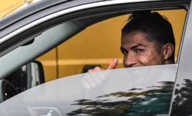 """Cristiano Ronaldo heeft een nieuwe coronacoupe die doet denken aan eentje uit 2003: """"Goedgekeurd?"""""""