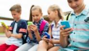 Kinderen krijgen gemiddeld op 9 jaar hun eigen smartphone, maar wanneer is jong 'te jong'?