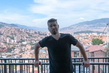 Peter Sagan op zijn balkon: er zijn slechtere locaties te bedenken om in lockdown te gaan.