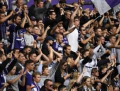"""Supportersclubs van Anderlecht na zoveelste ommezwaai: """"Goeie zet, maar als ze nóg een wissel doorvoeren wordt het belachelijk"""""""