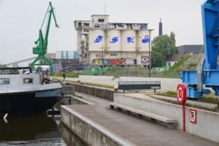 Sloop 'graffitiparadijs' goedgekeurd: wordt 2.500 ton beton afgevoerd via het water?