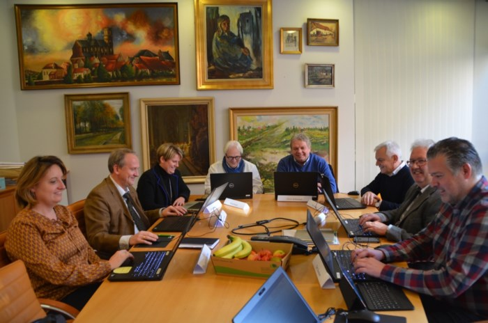 Eerste digitale gemeenteraad duurt tot na half twee 's nachts