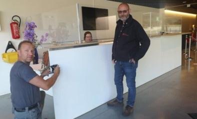 Archeocentrum Velzeke gaat weer open maar bezoekers mogen voorwerpen niet meer aanraken