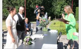 Björn en Karen trouwen in het Reinaertpark: