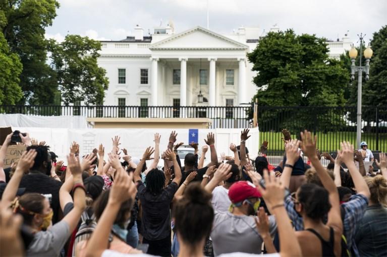 Protest in Verenigde Staten loopt uit de hand: betoger doodgeschoten door onbekende, hoofdkwartier van CNN bestormd, Witte Huis tijdelijk in lockdown