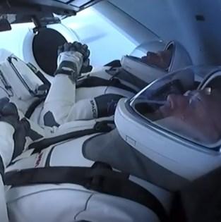 Astronauten van Crew Dragon aangekomen aan ISS
