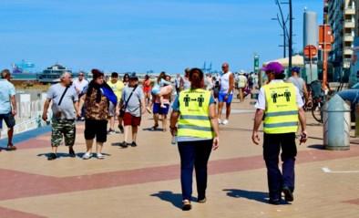 """Geen volkstoeloop, wel meer volk aan de kust: """"Drukke winkelstraat afgesloten, politie uitgescholden"""