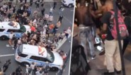 Rellen in VS lopen totaal uit de hand: politiewagens rijden betogers omver in New York, man die winkel verdedigt in coma geslagen in Dallas