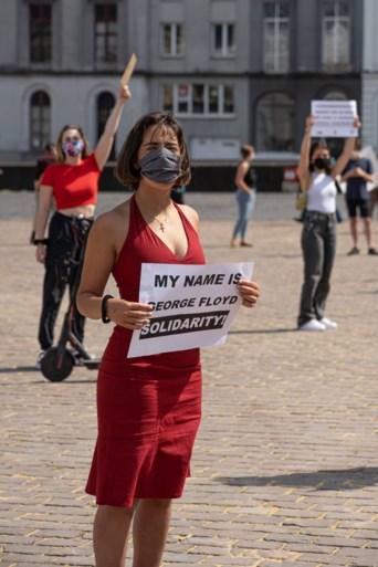 FOTO. Betogers kaarten politiegeweld aan op het Sint-Pietersplein