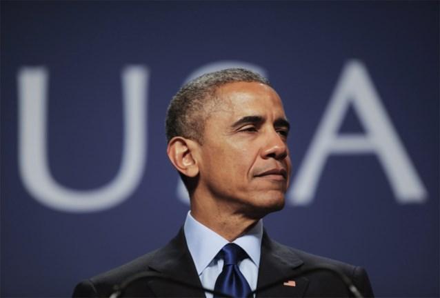 """President Obama spreekt relschoppers vermanend toe: """"Stop met geweld, jullie brengen onschuldige mensen in gevaar"""""""