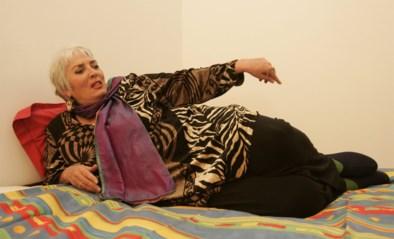 Ze verkocht 14 miljoen exemplaren van haar prostitutierelaas 'The happy hooker', maar hoe is het nu nog met Xaviera Hollander?