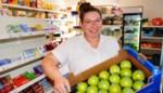 """Evie (39) geeft dorp weer buurtwinkel: """"Rijk zal ik er niet van worden maar dit was mijn droom"""""""