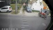 Opmerkelijke beelden: dief haakt aanhangwagen met zitmaaier aan eigen voertuig en vertrekt
