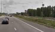 """Vijf bestuurders die 'shortcut' nemen op snelweg krijgen boete en rijverbod: """"Iedereen deed het"""""""