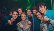 """Felix (18) studeert met zijn vrienden in virtueel blokkot: """"Het is een soort van sociale controle, net als in een echt kot"""""""