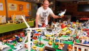 Andy (46) werkt bijna drie maanden aan Legostad, nu dreigt afbraak