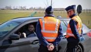 Politie houdt alcoholcontroles aan grens tijdens 'terrastoerisme', bestuurder blaast meteen positief