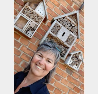 Haachtse N-VA steunt bijen met een wedstrijd