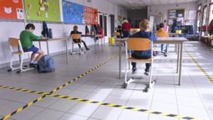 """Kleuter- en secundair onderwijs starten vandaag opnieuw op, maar """"enorme puzzel"""""""