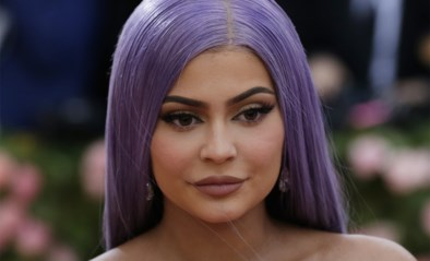 """""""Fake miljardaire"""" Kylie Jenner loog over fortuin. Waarom? En hoeveel verdienen de Kardashians?"""