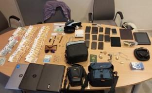 Helers betrapt op parking: schuilplaats levert pak gestolen spullen op