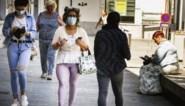 Mondmaskers kunnen pandemie tot 85 procent vertragen, maar ook social distancing blijft cruciaal