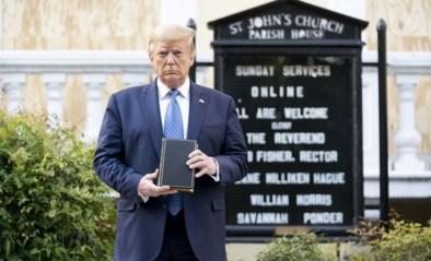 """Donald Trump: """"Ik liet betogers niet wegsturen bij kerk"""""""