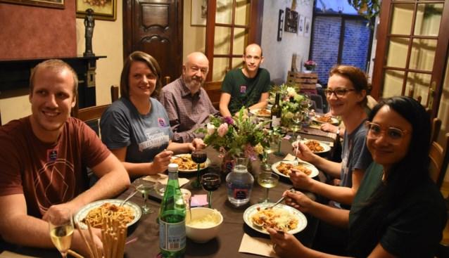 Toernee Mondi'Alle steunt lokale horeca