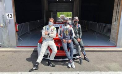 """Als er over asfalt gescheurd wordt, kan Mathieu van der Poel dan toch verliezen: """"Hij sprong tevergeefs terug in z'n auto!"""""""