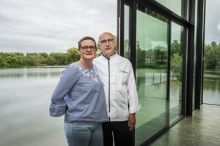 "De Vossenberg opent pop-up restaurant Waterfront: ""We zijn zeker niet failliet"""