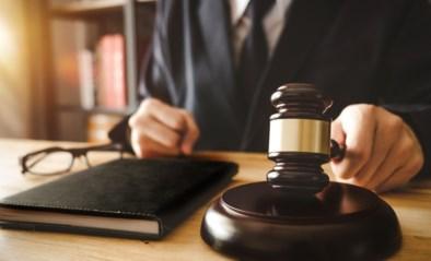 Vrouw moet jaar naar cel na twaalfde veroordeling voor rijden zonder rijbewijs