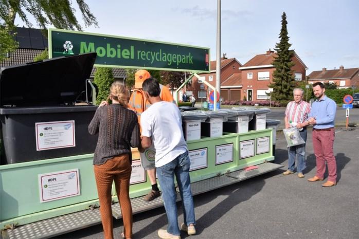"""Hier komt het recyclagepark naar je toe deze zomer: """"Niet iedereen heeft een auto"""""""
