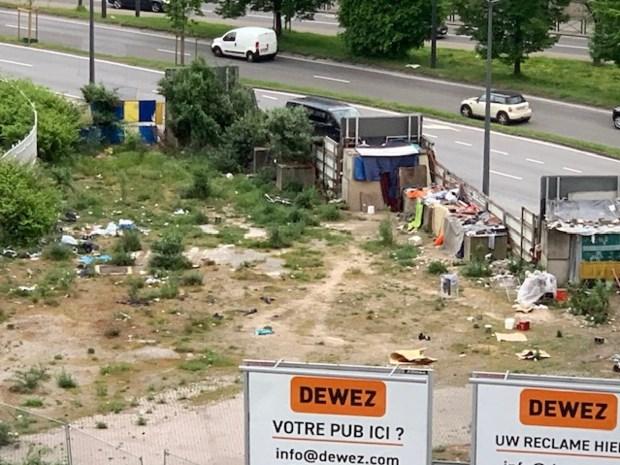 Illegaal tentenkamp aan Redersplein
