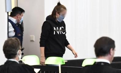 Verrassing tijdens assisenproces: beschuldigde bekent plots dat ze stiefdochtertje wel verdronk in bad