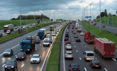 Vanaf 1 september wordt de snelheid op de Brusselse ring verlaagd naar 100 km per uur