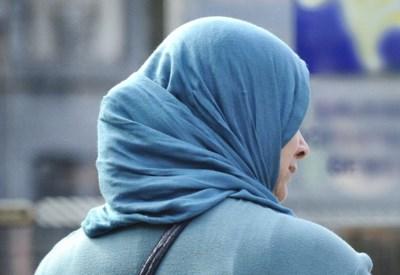 Een van de heetste hangijzers in de Gentse politiek weer op tafel: de hoofddoek