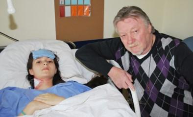 """Acute ontsteking kostte Andrea (15) bijna het leven, maar spoedarts stuurde haar met pilletje naar huis: """"Hij vond het ongepast dat we hem daar 's nachts mee lastigvielen"""""""