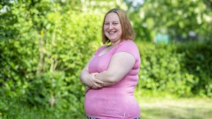 Yentl Deleersnyder is 30 jaar en is verkoopster in supermarkt. Hoeveel zou zij verdienen?