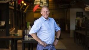 Birger De Decker is 41 jaar en is zaalverantwoordelijke in restaurant. Hoeveel zou hij verdienen?