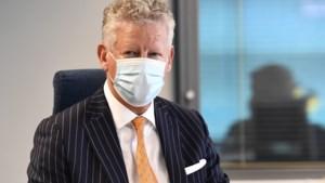 """Minister De Crem: """"Geen structureel racisme bij Belgische politie"""", """"Nultolerantie voor geweld tegen agenten"""""""