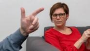 """Commotie over raad van bestuur Unia in Vlaams Parlement: """"Gaan we <B>extreemrechtse partij echt een zitje geven?""""</B>"""