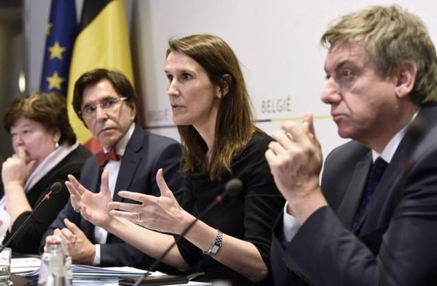 Grote tevredenheid over experts in aanpak coronacrisis, politici falen: ruim helft wil regering van experts