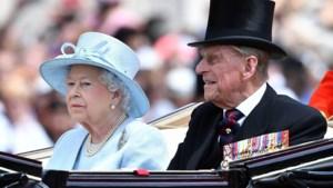 Prins Philip viert zijn 99ste verjaardag met nieuwe foto van hem en de Queen
