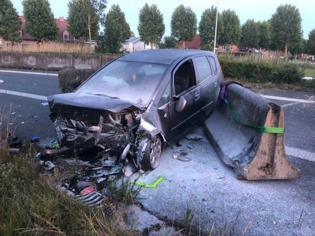 Vijf gewonden bij spectaculair ongeval in Jabbeke
